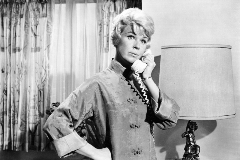 14visdoris-day-birthday-pillow-talk