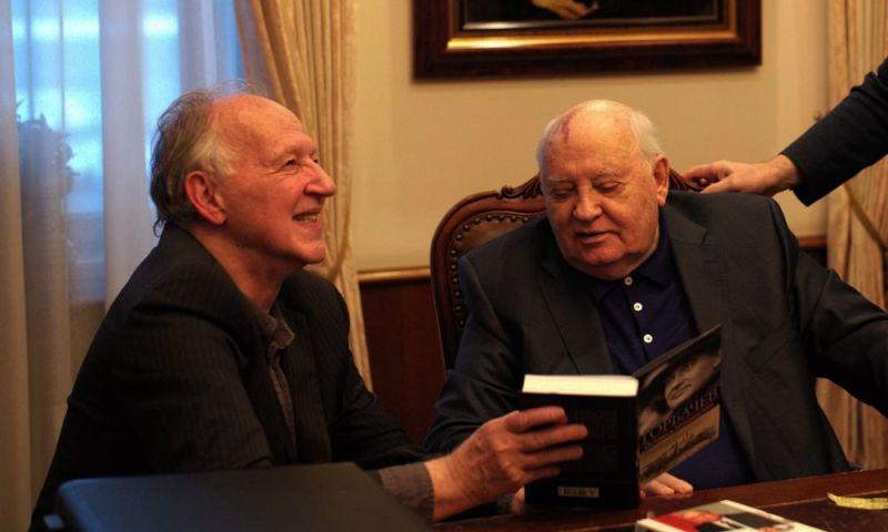 2-meeting-gorbachevjpg